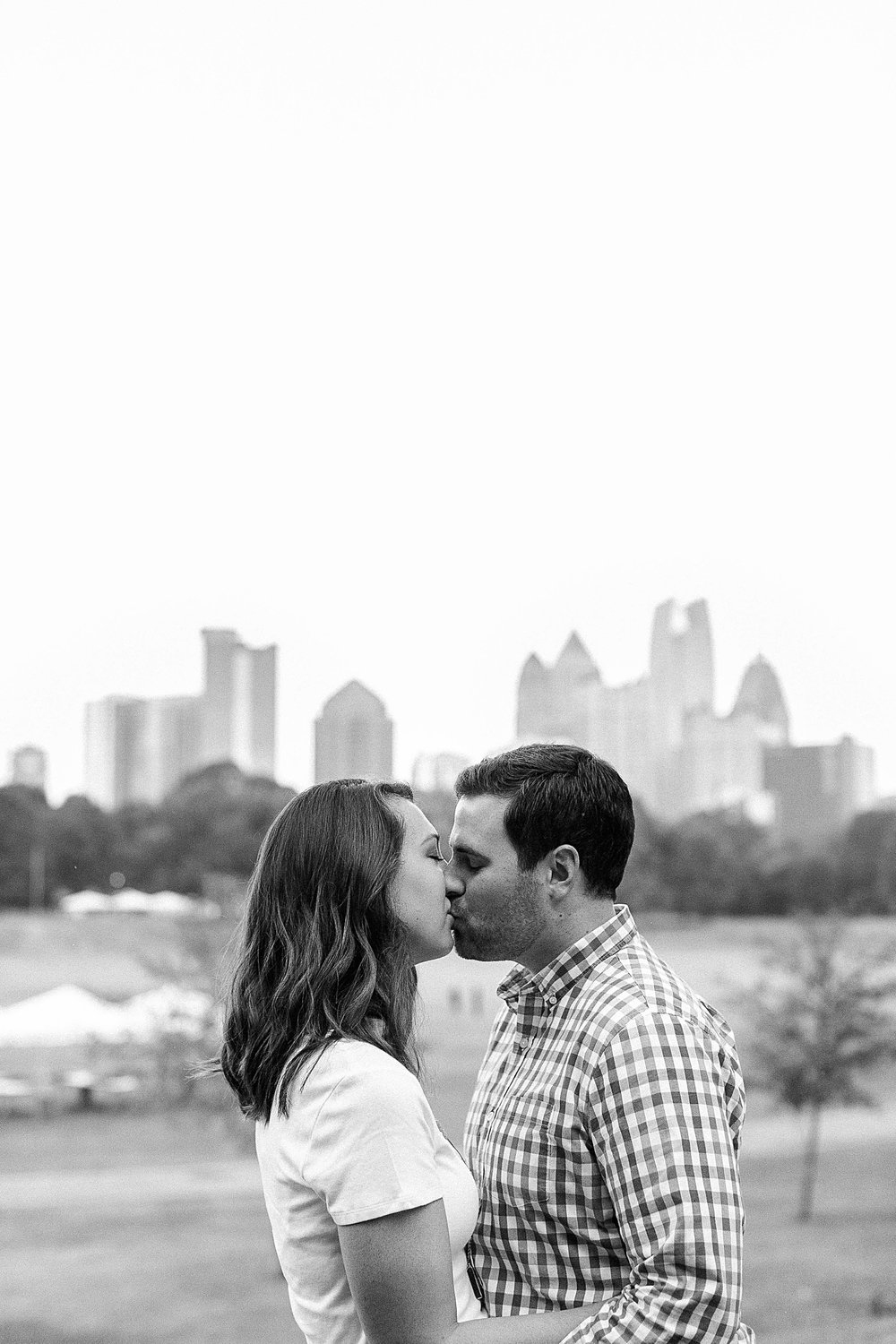 ponce-city-market-atlanta-engagement-jb-marie-photogrpahy