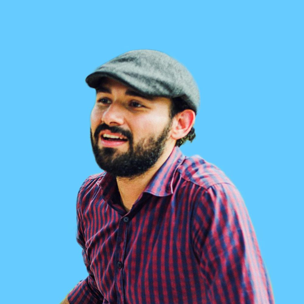 Carlos Nuila - CEO - Designer