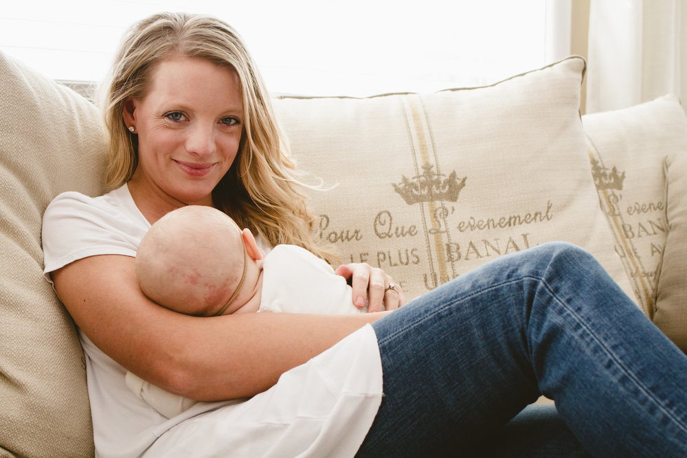 Mother Daughter Photo Shoot Ideas + Meagan Kludt + The Winemakers Wife + Wife. Mother. Lifestyle Blogger.