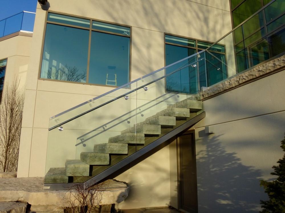 Glass Stairs / Railing