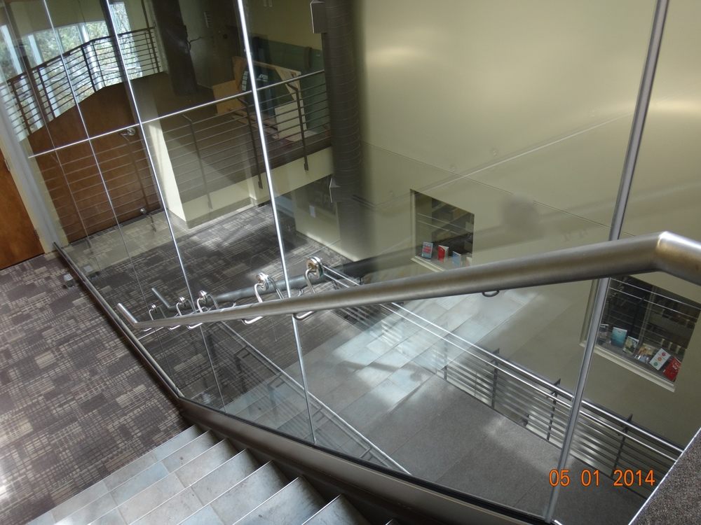 Glass Wall / Railing