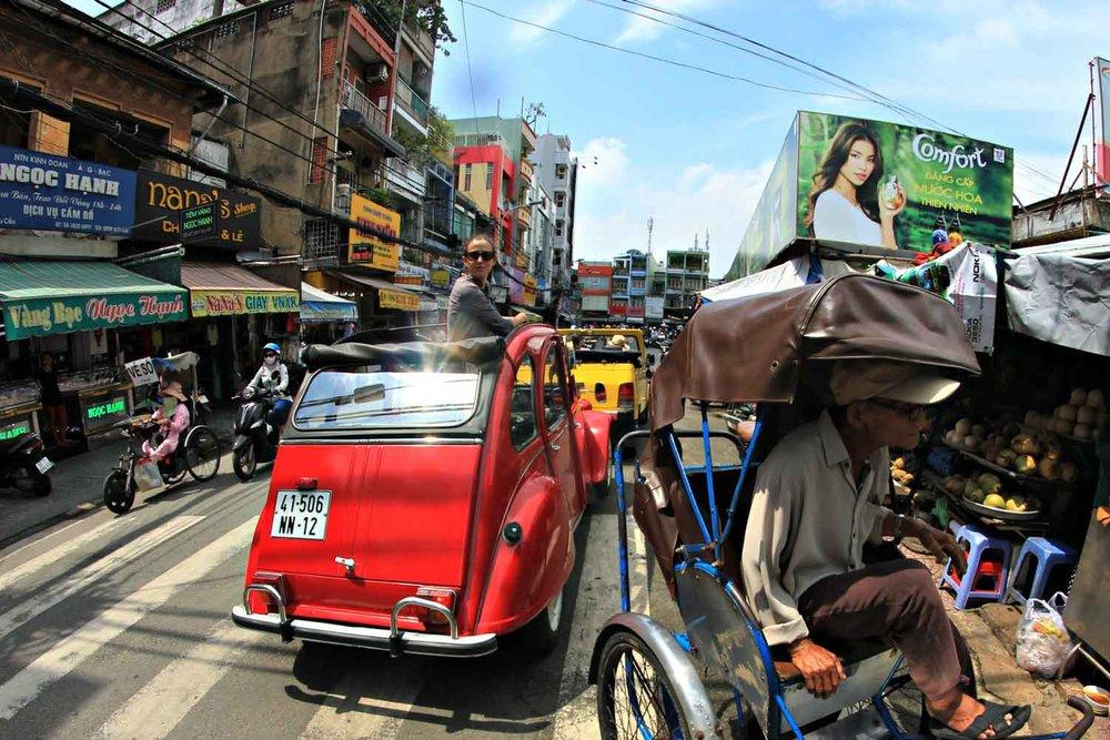 Saigon 2CV Morning Tour