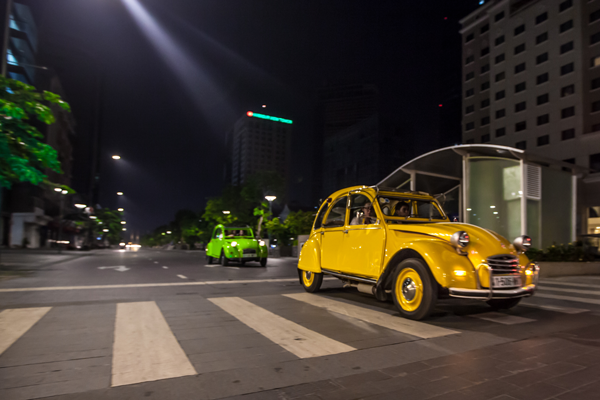 Saigon 2CV Evening Food Tour