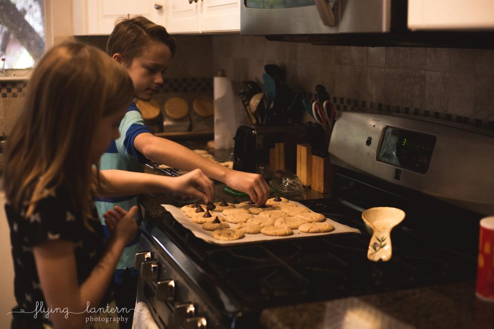 christmas_cookies_lifestyle_1217_30.jpg