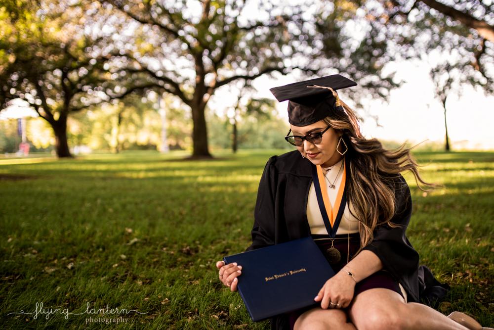Stephanie_Martinez_SEU_senior_portrait_0418_9.jpg