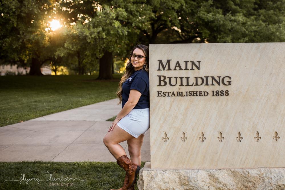 Stephanie_Martinez_SEU_senior_portrait_0418_12.jpg