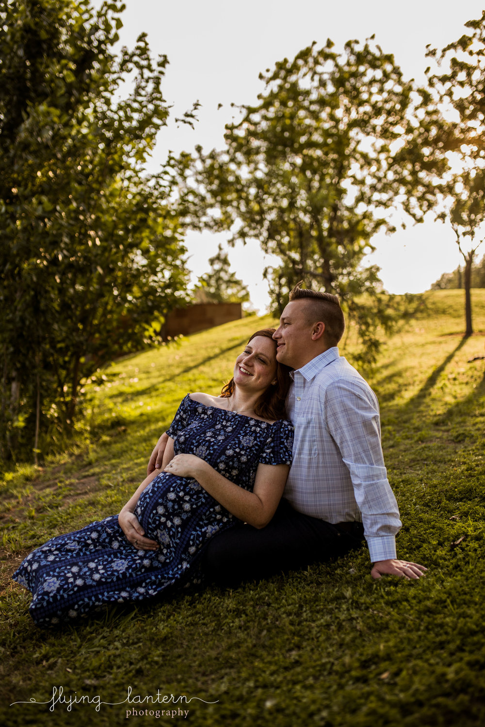couple maternity portrait at mueller neighborhood in austin, Texas by erin Reas of Flying Lantern Photography