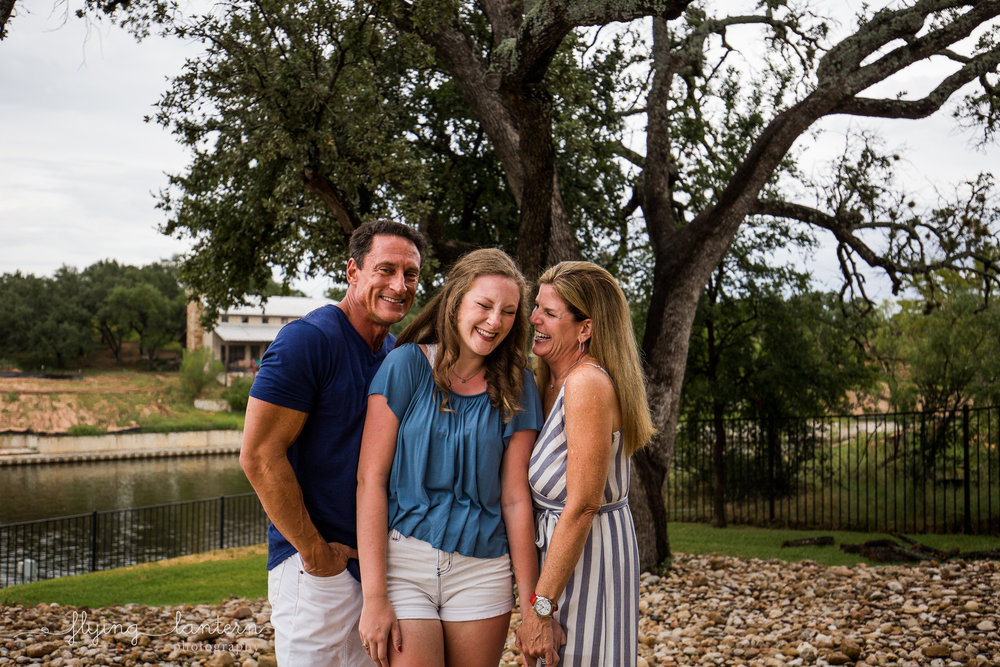 family lifestyle portrait session in austin, texas by erin reas of flying lantern photography