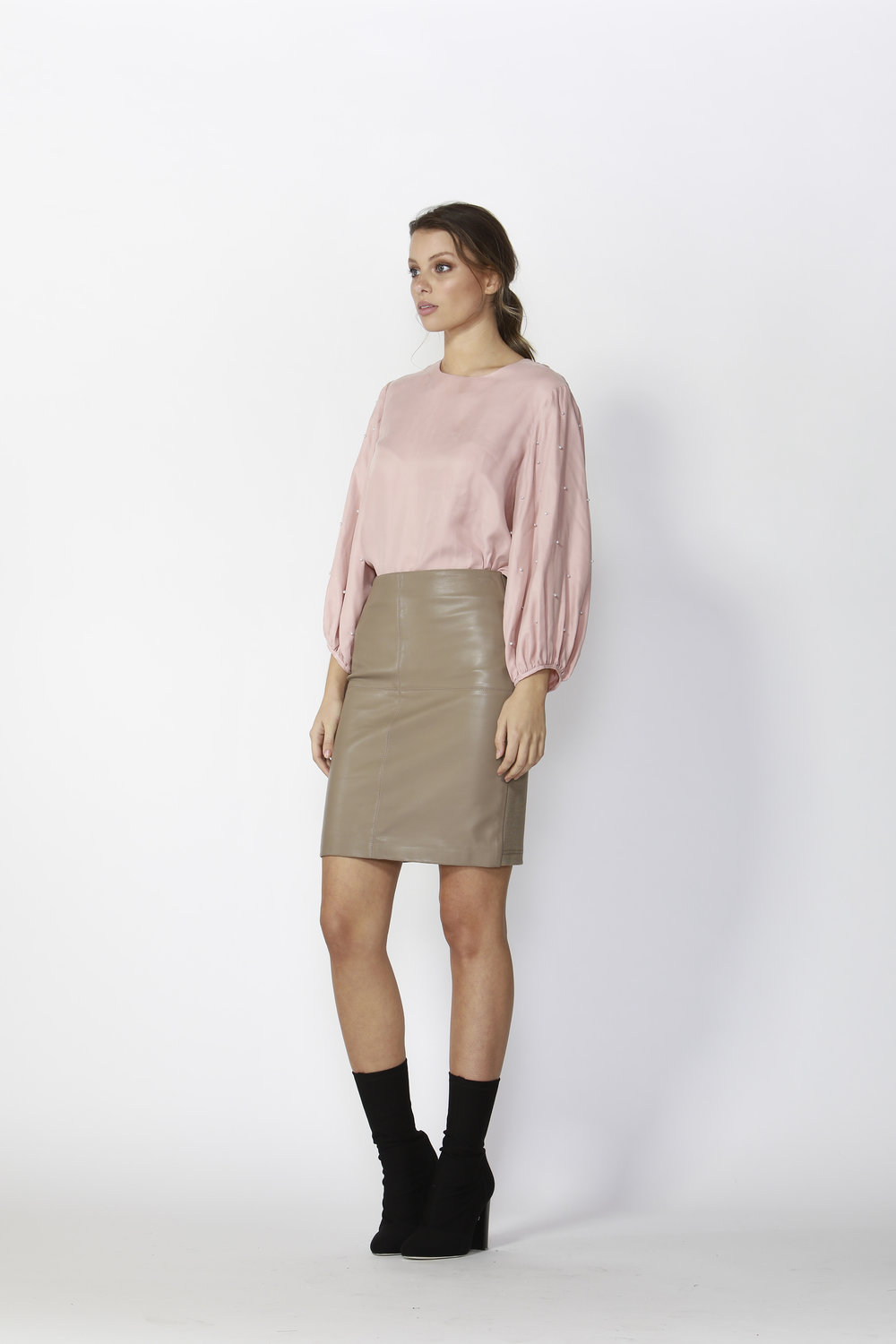 Greenwhich Balloon Sleeve Top (Pink)  - $165