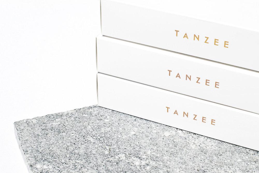 Emily-Clarke-Tanzee-branding-tanning-design-logo-melbourne