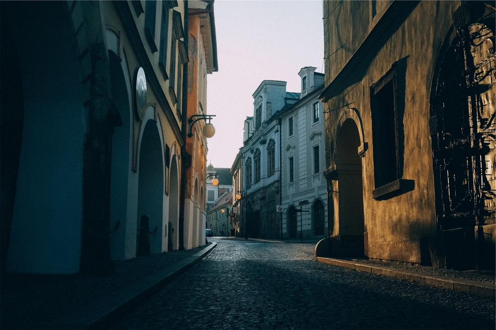old streets - Bruno Marinho.jpeg