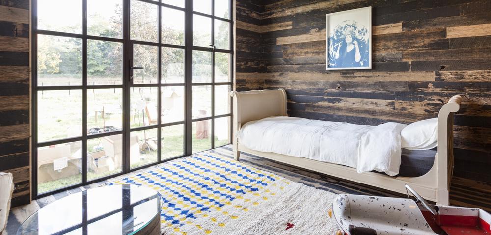 bedroomkids_window.jpg