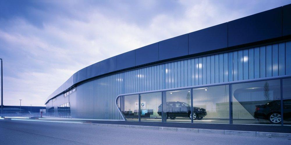 BMW Showroom, Leipzig.jpg