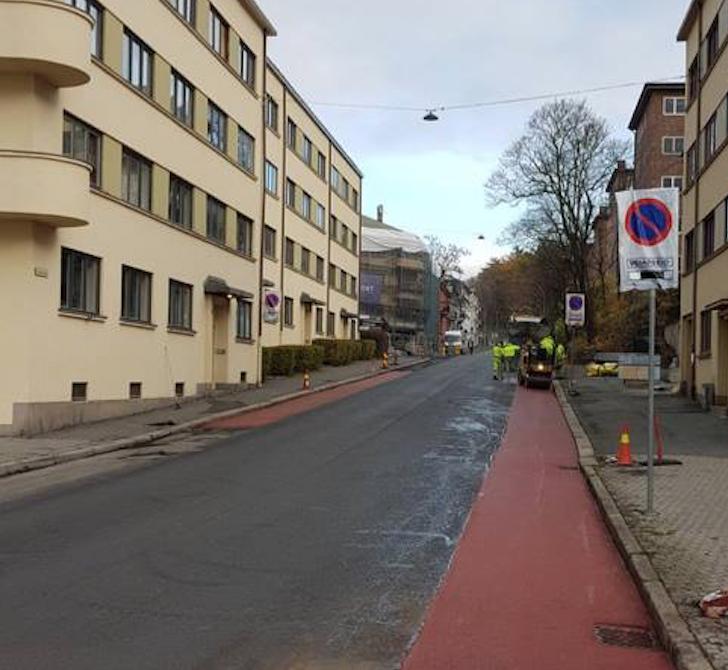 To splitter nye sykkelfelt i Louisesgate og null parkering.