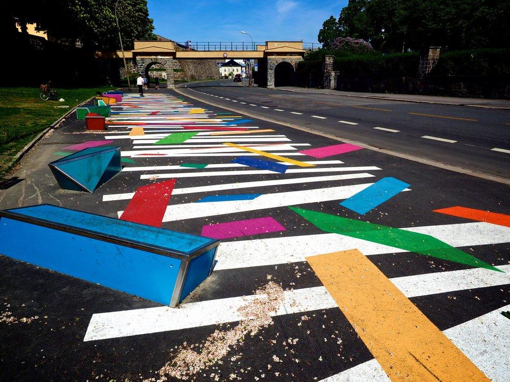 Byråd Marcussen har fått svært mye kritikk for sitt innkjøp av gatekunst ved festningen.