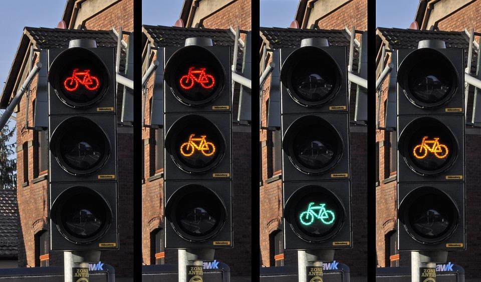 traffic-light-876043_960_720.jpg