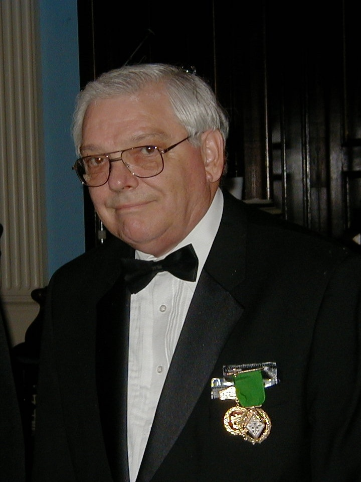 Brother F. Thomas Schnorrenberg, 32°, Past Sovereign Prince of Zion Council in the Valley of Lawrence, received his PSP jewel at the inauguration of the Valley of the Merrimack on October 9, 2003.