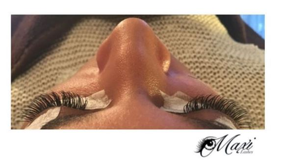 Photo: Russian Volume Lashes (Imagine waking up with lashes like this every day! Make-up for where, boo?)