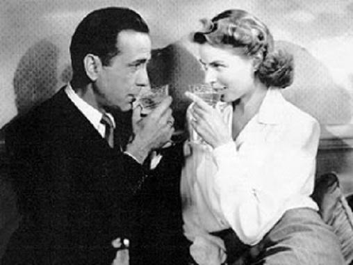 humphrey bogart eternizou o champagne cocktail french 75 em casablanca.