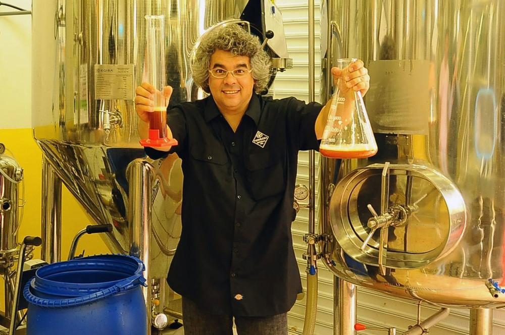 O mestre cervejeiro samuel cavalcanti, um líder do movimento cervejeiro que você precisa conhecer.