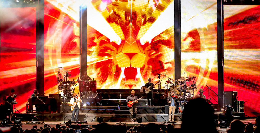 00 Feature Photo 3000 pixels wide Zac Brown Band Virginia USA 4-12-19 by Annette Holloway Photos-7088.jpg
