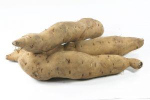 913750_sweet_potatoes_isolated