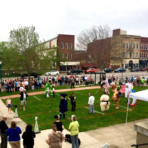 The Marietta Derby was held on the lawn of the Armory on Front Street.