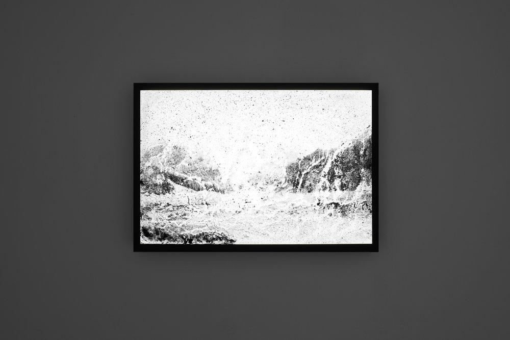 Auf dem Flusse   2018, 90x60cm, light box, black and white