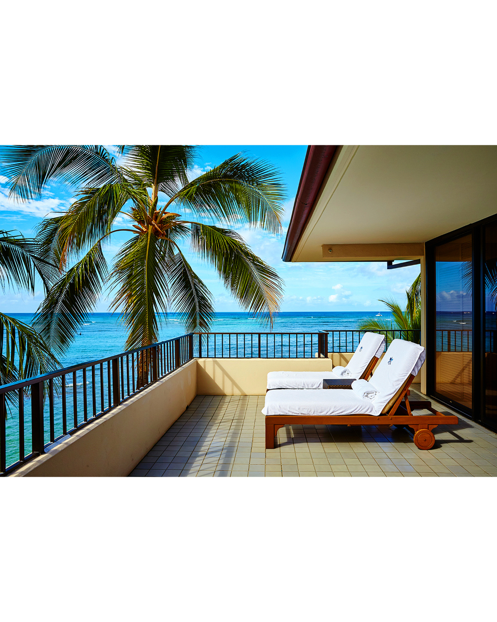 THE ROYAL SUITE BALCONY AT HALEKULANI