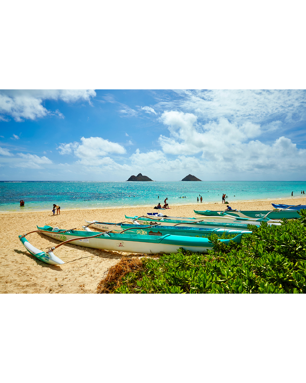 OUTRIGGERS AT LANIKAI BEACH