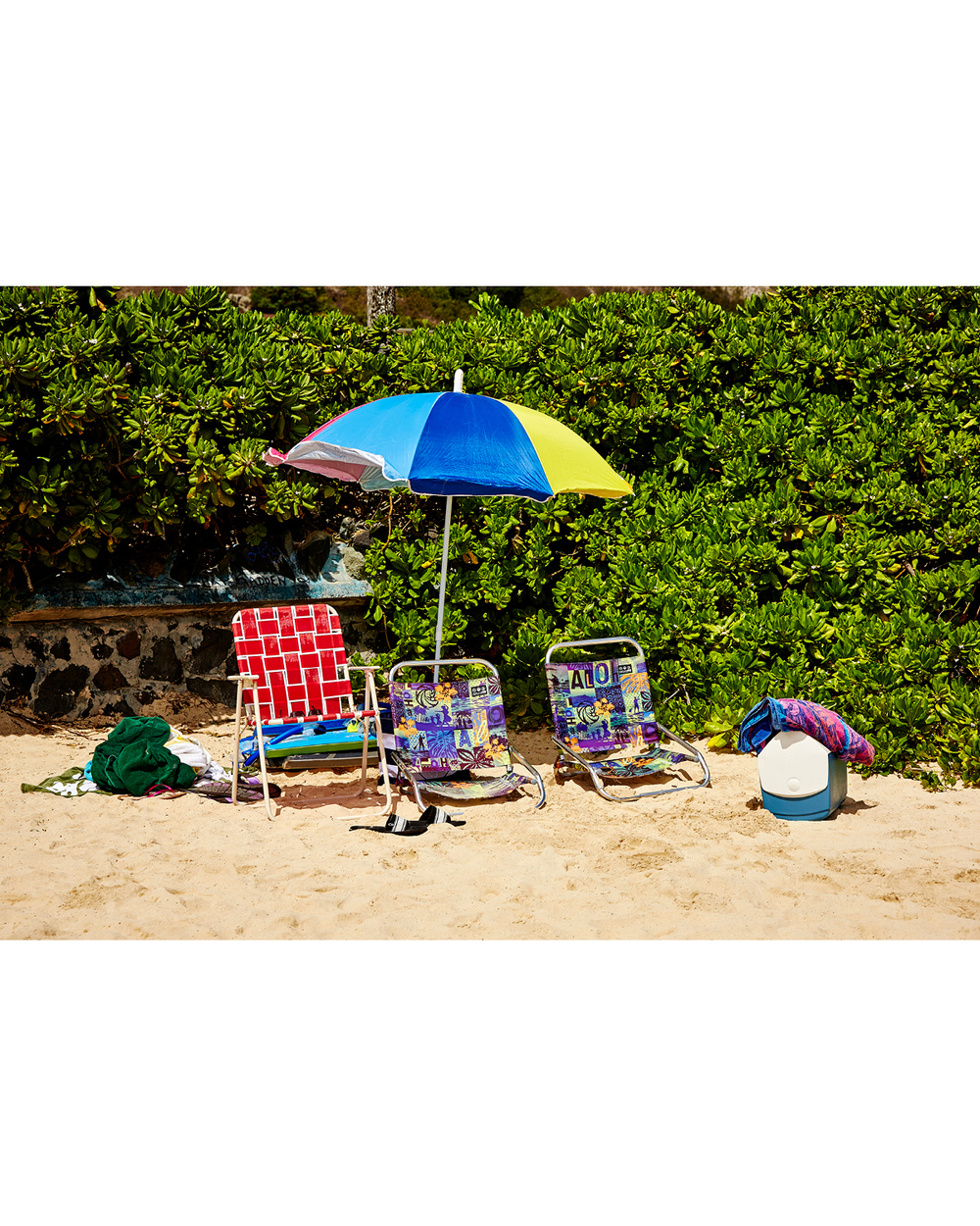 HOME FOR THE DAY, LANIKAI BEACH