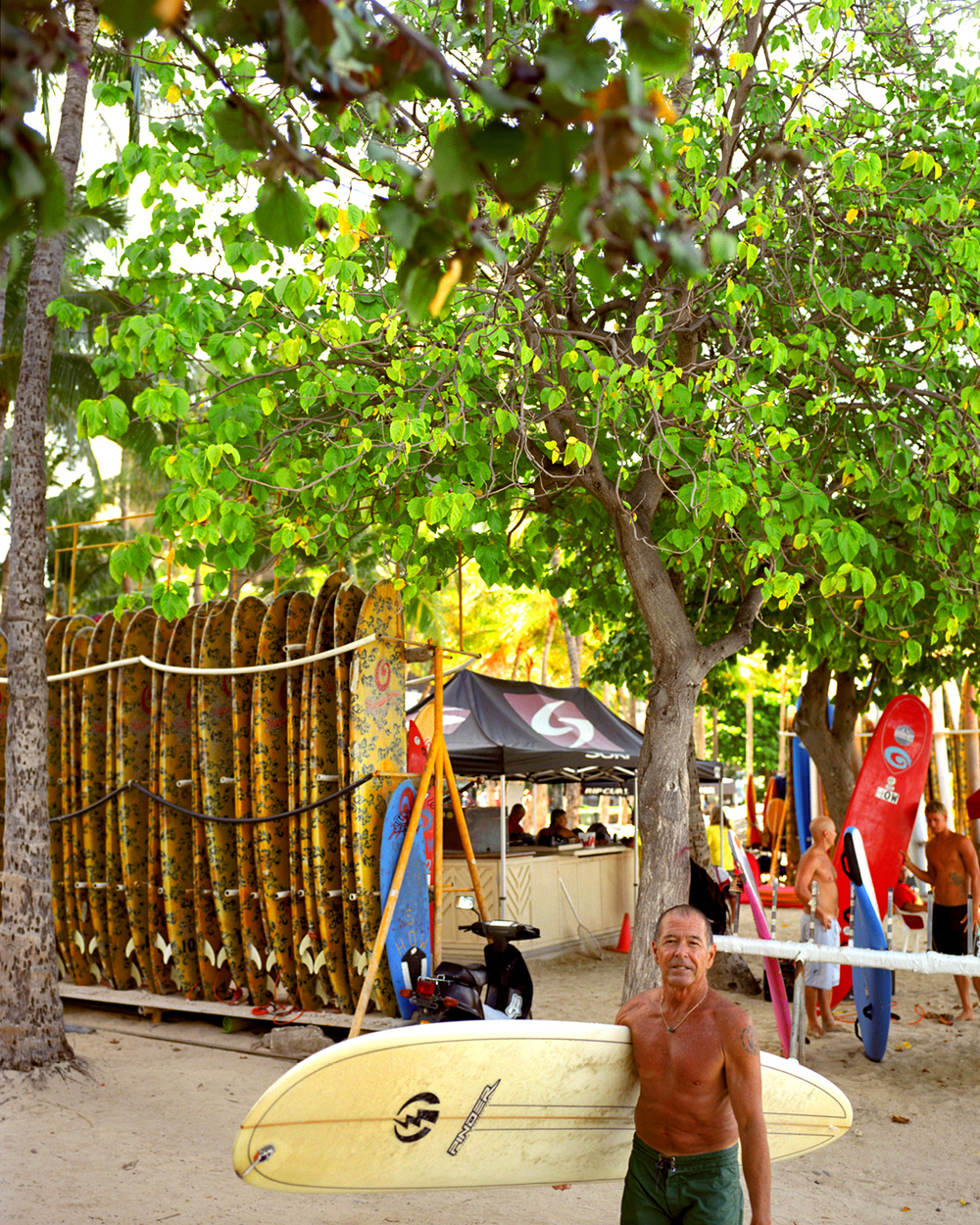 SURF LESSON WITH LEGENDARY INSTRUCTORS