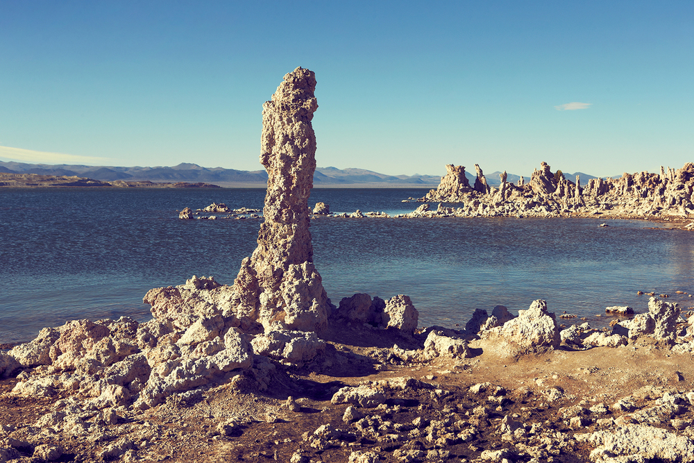 SOUTH TUFA TOWERS ALONG MONO LAKE'S SHORELINE