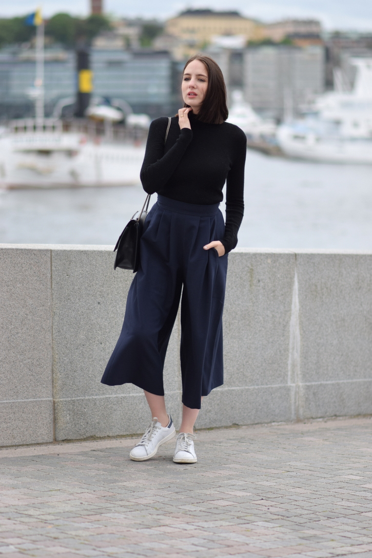 Navy blue culottes and black turtleneck jumper