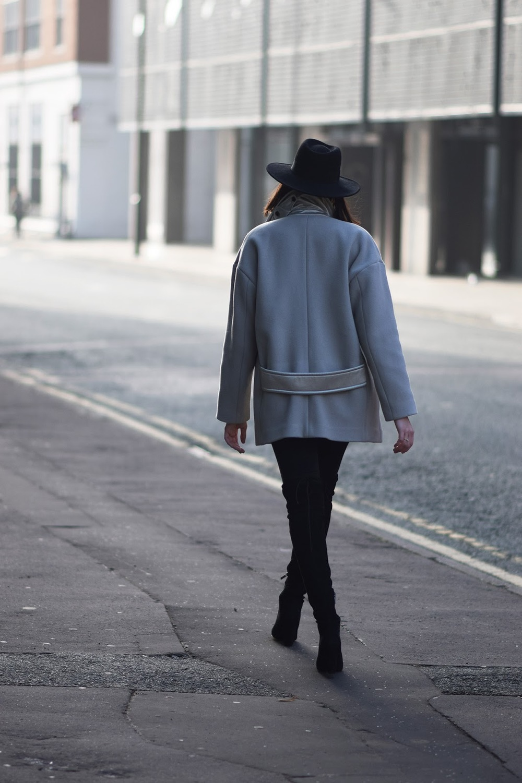Beige short coat for winter