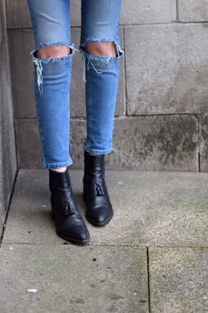 Ripped skinny denim and chelsea boots