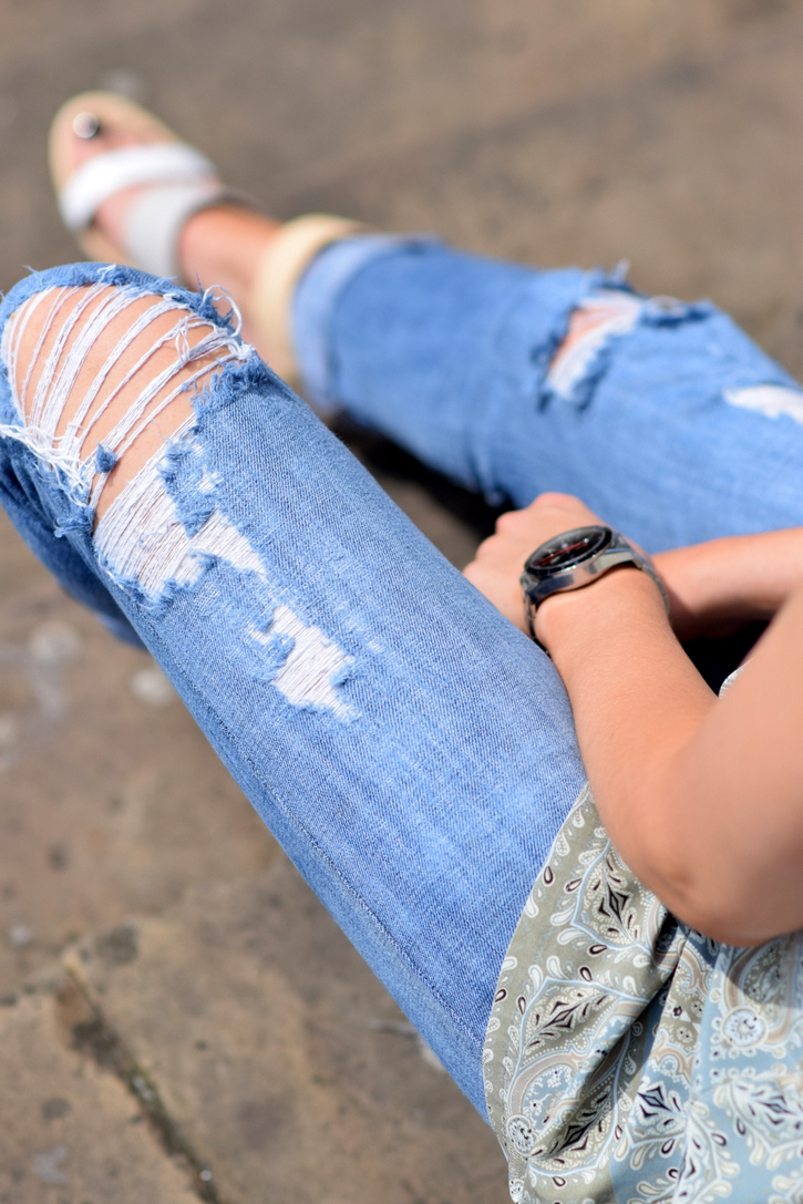 Ripped denim for summer