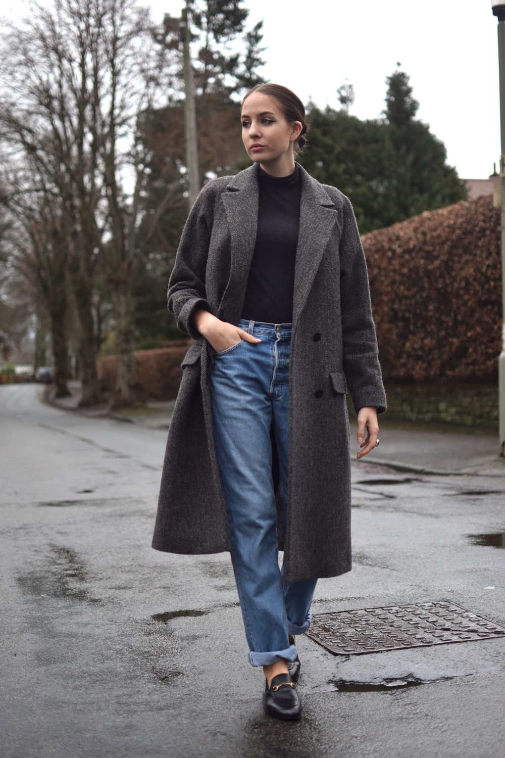 Tweed overcoat androgynous style uk blogger