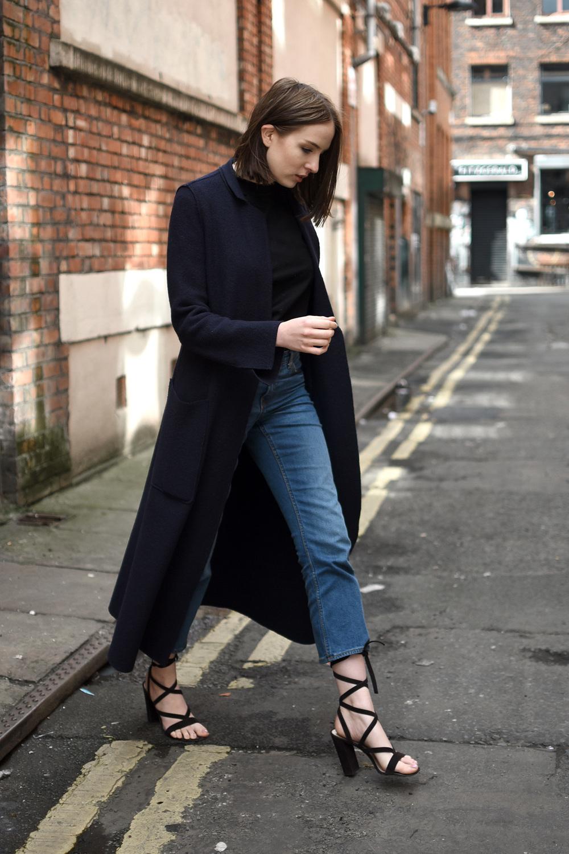 UK Fashion Blogger Minimal Outfits