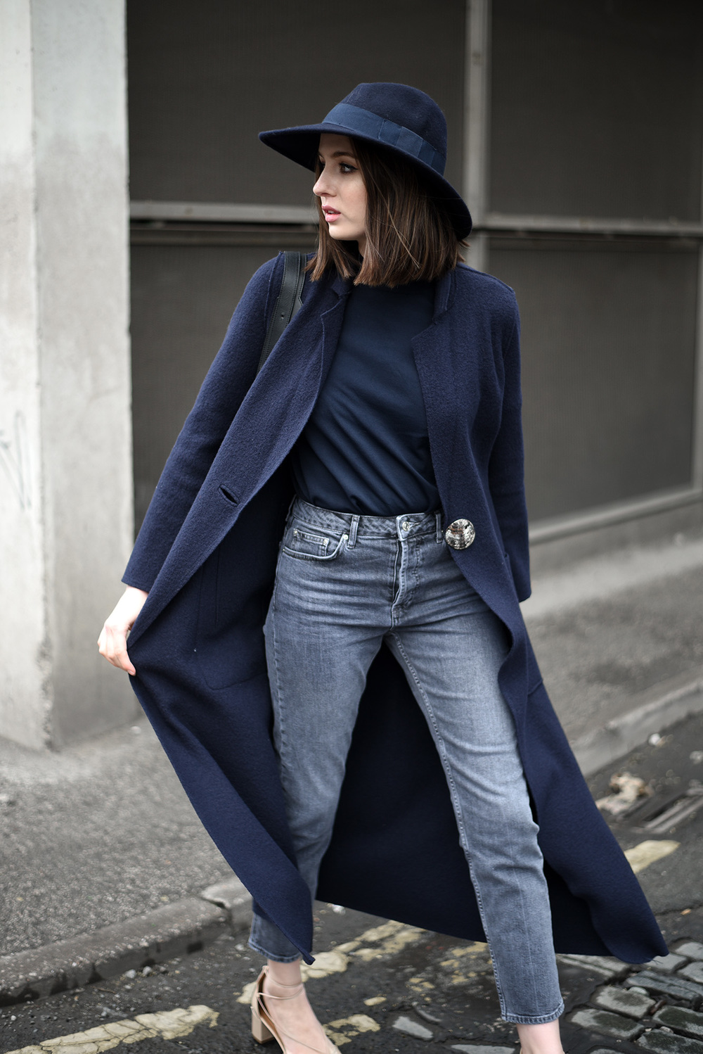 Minimal UK Fashion Blogger
