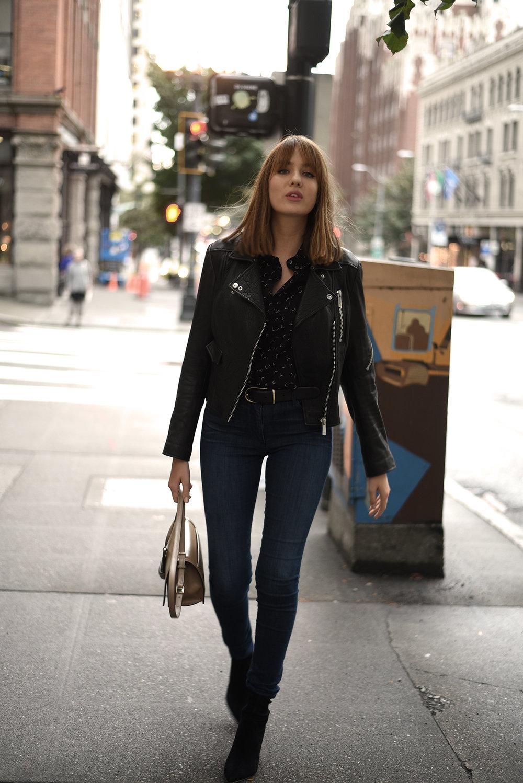 ShotFromTheStreet_SkinnyJeans-20.jpg