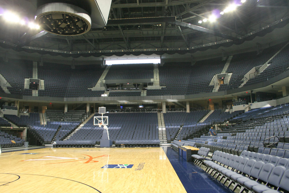 The seating configuration puts fans close to the action and optimizes sightlines for over 15,000 spectators.