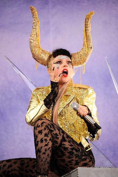 A-Morir Lady Gaga Horns Sam Bennett.jpg