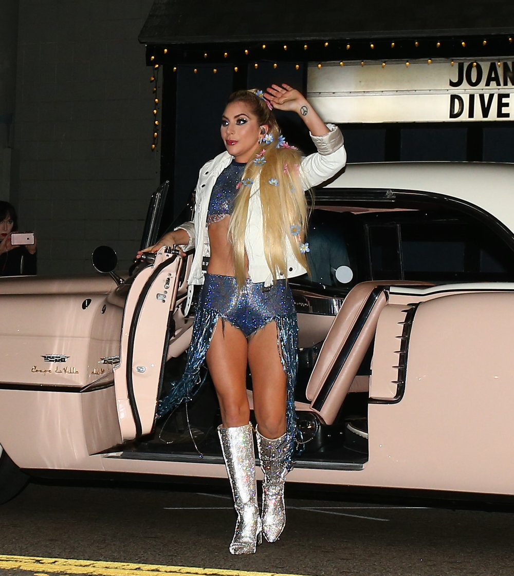 Lady Gaga Boots Dive Bar Tour Arrival.jpg