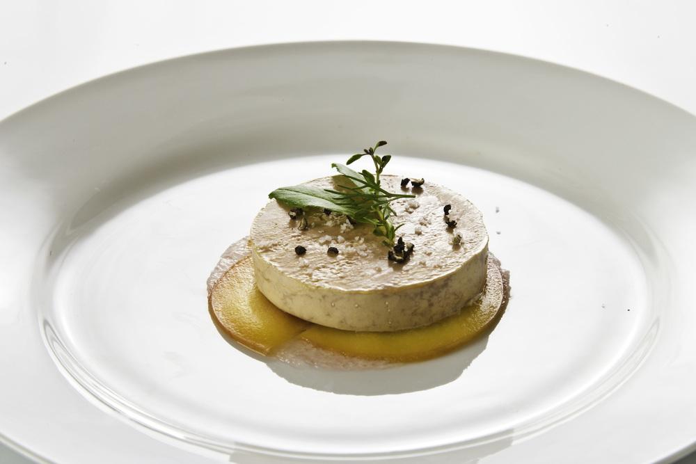 Foie Gras Terrine, Apples, Tuscan Basil, Brioche