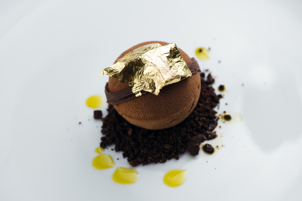 "Mozartkugel ""Wallse Edition"" Chocolate Mousse, Pistachio Parfait"