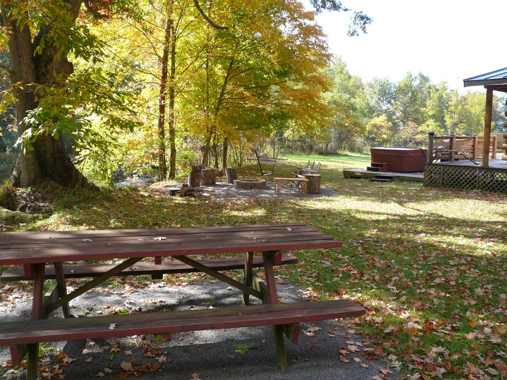 cabin_picnic_table.jpg