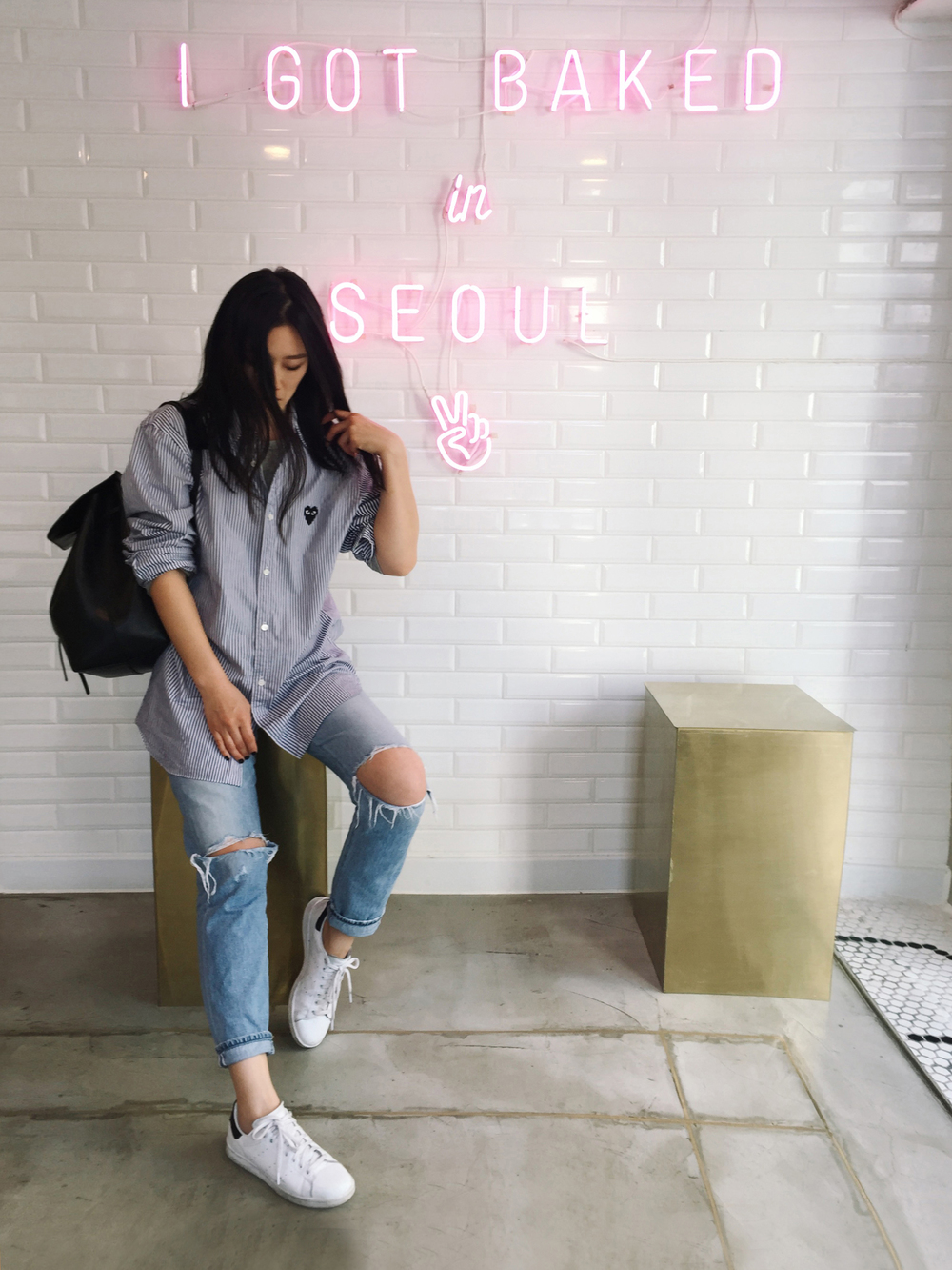 Mr. Holmes Bakehouse PLAY COMME DES GARÇONS Shirt(More here)/CITIZENS OF HUMANITY Jeans/MANSUR GAVRIEL Bag/ ADIDAS Sneakers