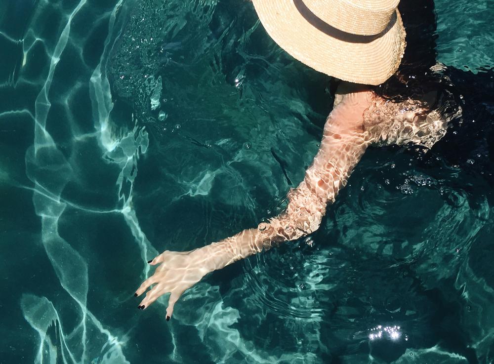 MARYSIA Swimwear/JANESSA LEONE Hat