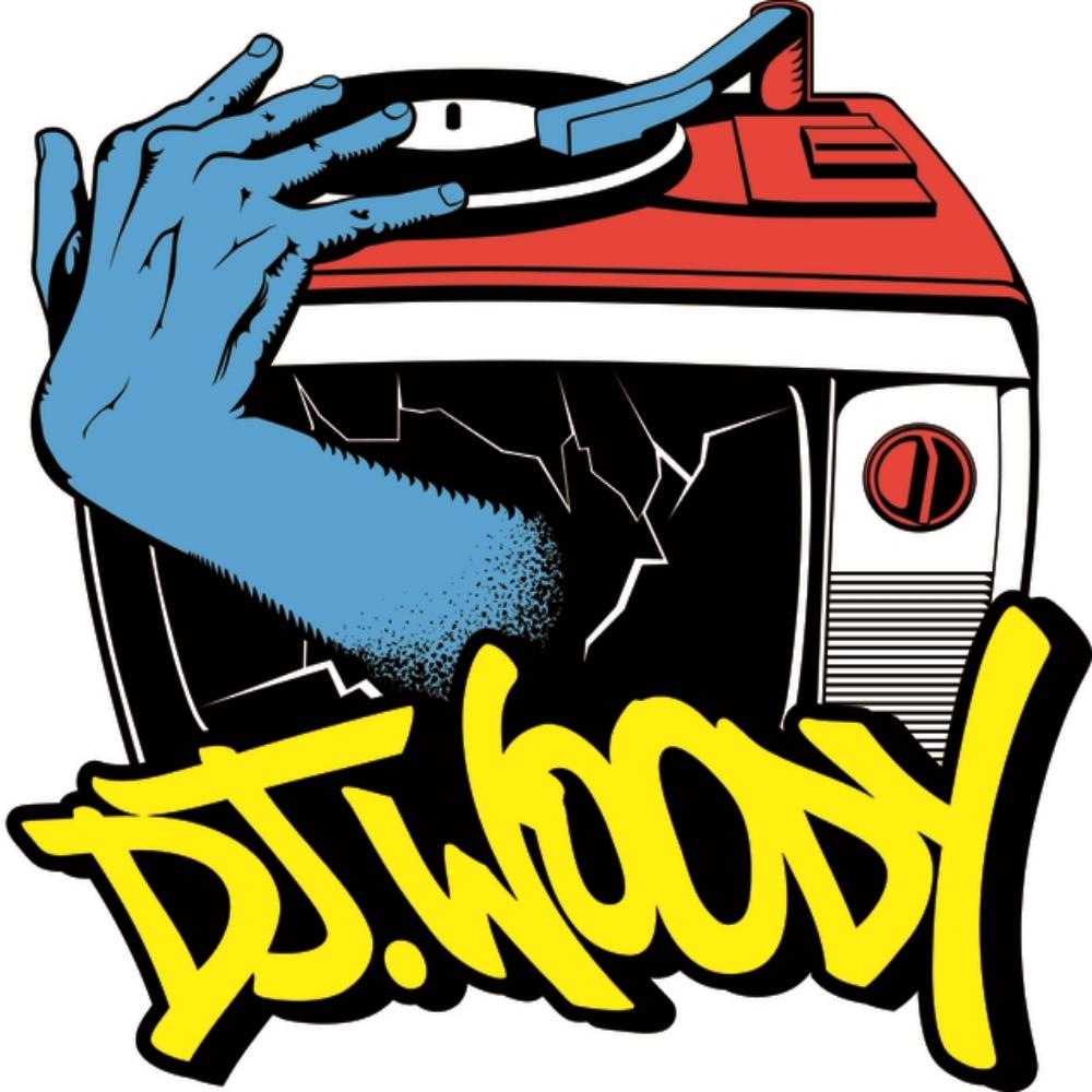DJ WOODY LOGO.jpg